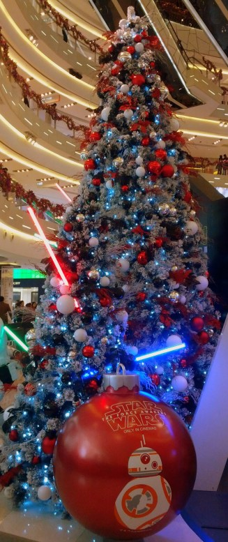 Who wouldn't want a light sabre Christmas tree!?
