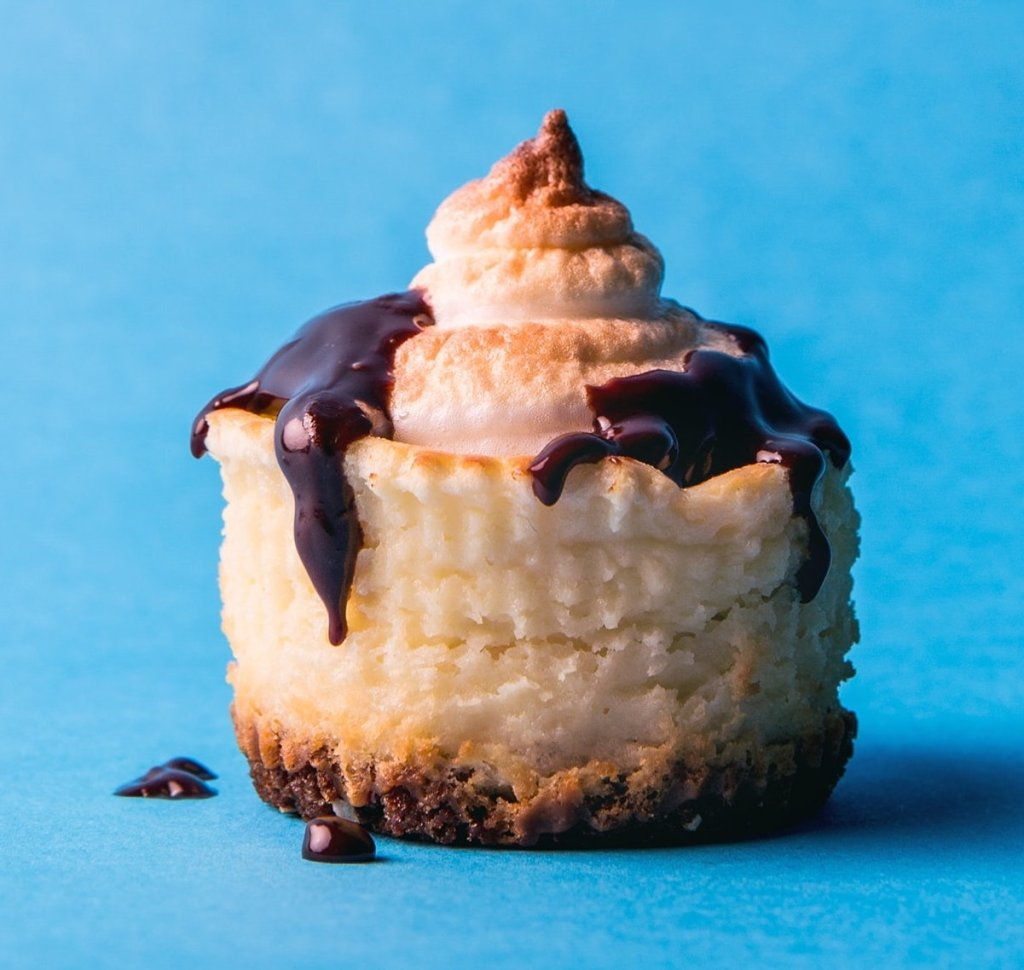 Gluten-Free S'mores Mini Cheesecakes