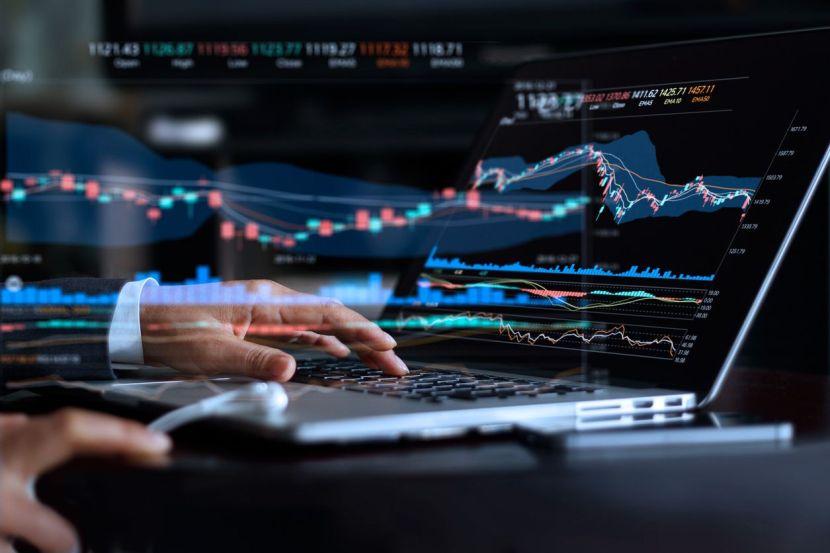 100 Top UCITS ETFs