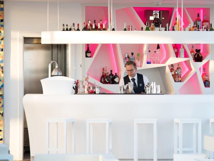 GF Victoria - Sky Bar