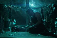 """Robert Downey Jr.  celebrated his 2nd birthday """"Avengers: Endgame"""" showing a deleted scene"""