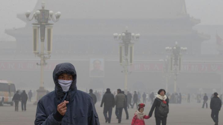 60 dager med kraftig smog i Beijing i vinter skapte overskrifter verden over. Her fra Tiananmen Square i Beijing i januar. Hentet fra Dagbladet