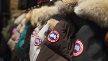 Utested nekter gjester med Canada Goose-jakke adgang