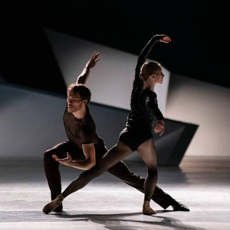 Erik Murzagaliyev and Grete Sofie Borud Nybakken in the ballet performance
