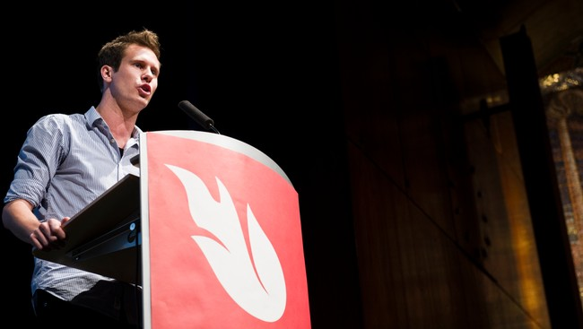 Eskil Pedersen, nyvalgt AUF-leder på landsmøtetalerstolen (Foto:  Andersen, Aleksander/SCANPIX)