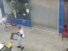 VIOLENTE BAGARRE DE RUE EN ANGLETERRE