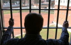 """Die Häftlinge von """"Santa Fu"""" fordern jetzt einen Mindestlohn für ihre Arbeit im Knast. Foto: Picture Alliance"""