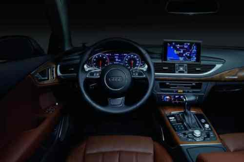 Audiinteriordisplays-photobyAudi