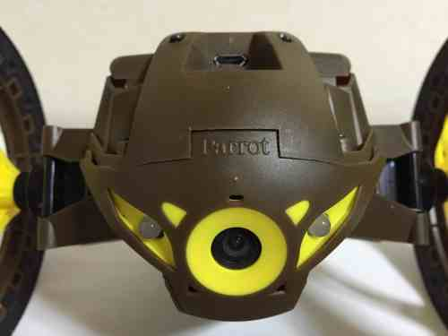 parrot-jumping-sumo-05