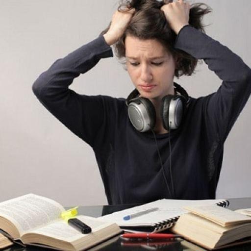 الضغوطات التي يواجهها الطالب الجامعي