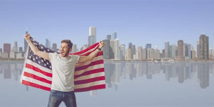 العمل والدراسة في أمريكا
