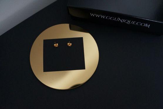 GG UNIQUE GOLD CUBES