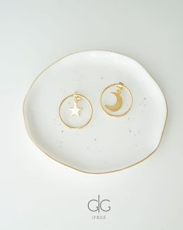 Star and Moon earrings in gold - GG UNIQUE