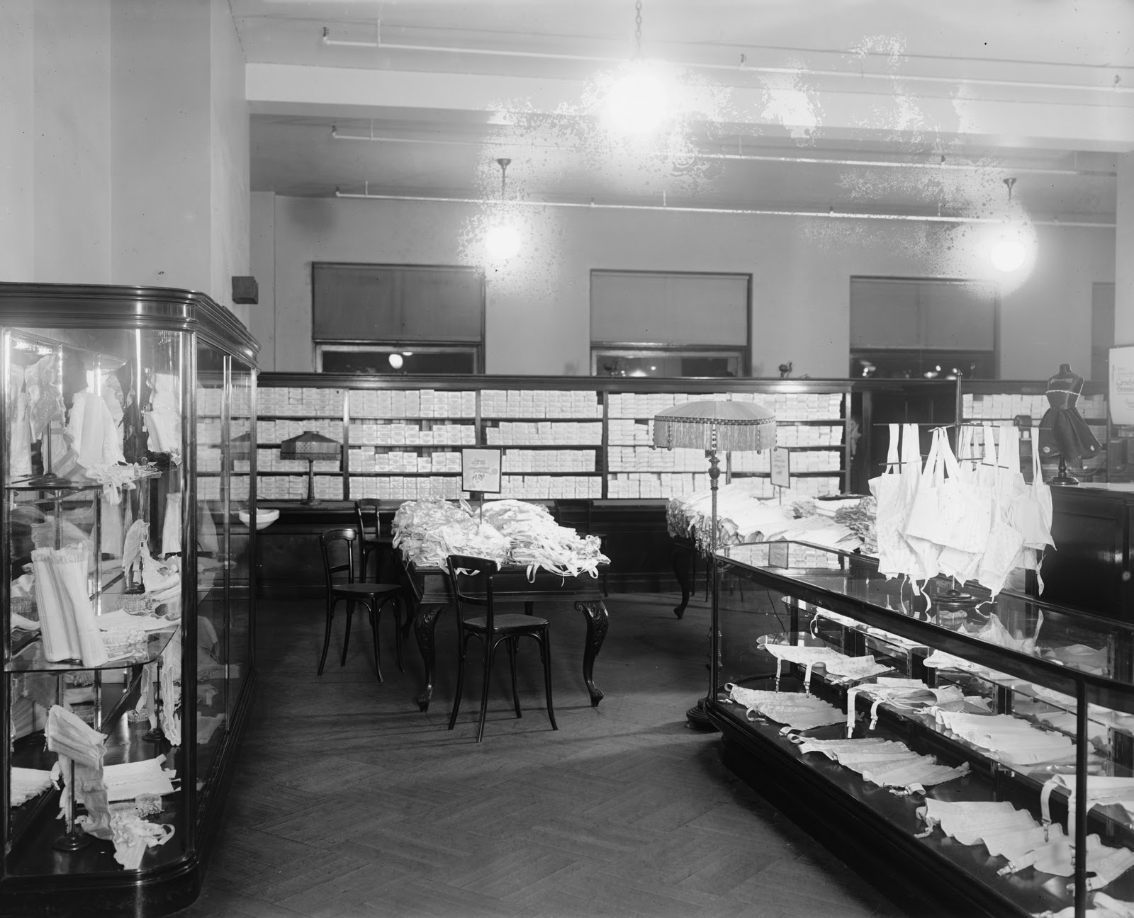 Lost Washington The old Palais Royal department store