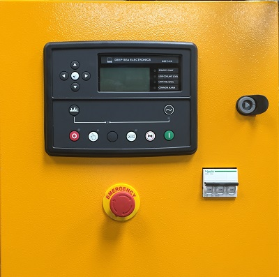 Control Panel GMP 205 With Deep Sea Controller 7410/20 Image