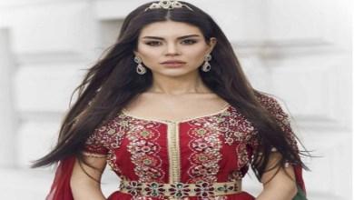 """صورة بعد تتويجها سفيرة للقفطان المغربي.. الممثلة التركية """"منار"""" تزور المغرب من جديد"""