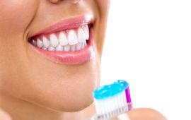 حيل تجميلية مذهلة بإستخدام معجون الأسنان