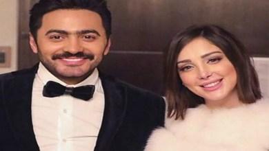 صورة تامر حسني يفاجئ زوجته بسمة بوسيل