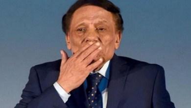 صورة عادل إمام يرد على شائعات وفاته – فيديو