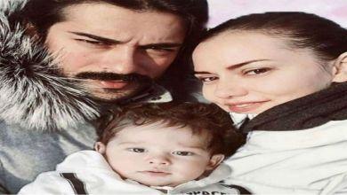 صورة التركي بوراك أوزجفيت يتخلى عن قرار إخفاء طفله لهذا السبب