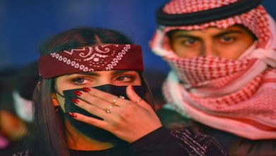"""صورة بالصورة.. أول امرأة سعودية """"ديدجي"""" تشارك في """"الميدل بيست"""""""