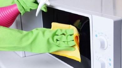 صورة طريقة سهلة لتنظيف داخل الميكرويف