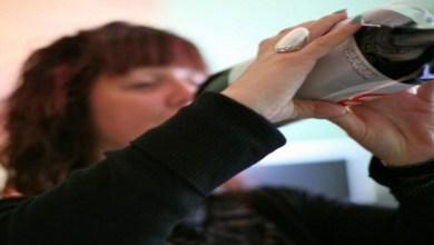 صورة كيف يمكنك التخلص من إدمان تناول المشروبات الغازية؟