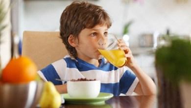 صورة أهم 3 عصائر طبيعية لتعزيز مناعة طفلك