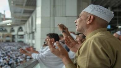 صورة بسبب كورونا.. السديس يعلن عن شروط صلاة التراويح في رمضان