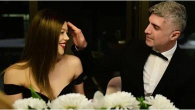صورة النجم التركي أوزجان دينيز يعرض الزواج على طليقته