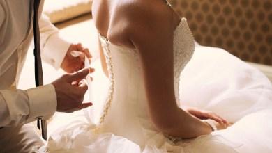 صورة خبير في علم الجنس يقدم نصائح لاستعداد الأزواج لليلة الدخلة -فيديو
