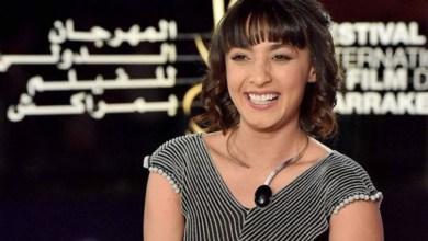 """صورة بسبب """"مولات الخمار"""".. فنانة مغربية تصدم الجميع وتدعم حملة تخص """"العلاقات الرضائية"""""""