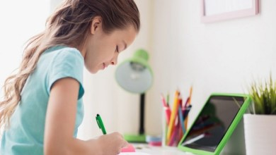 صورة التعليم في زمن الكورونا.. نصائح لتدريس الأطفال عن بعد