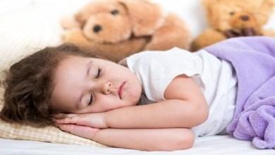 صورة خاص بالأمهات.. أفضل طريقة لتنظيم نوم طفلك