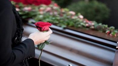 صورة ماذا يحدث لجسم الإنسان عندما يموت شخص مقرب له؟