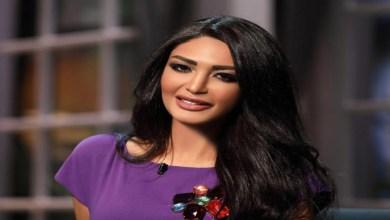 صورة على الهواء.. إعلامية شهيرة تذرف الدموع بسبب انفصالها عن حبيبها -فيديو