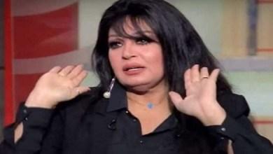 صورة من جديد.. فيفي عبده تطمئن جمهورها