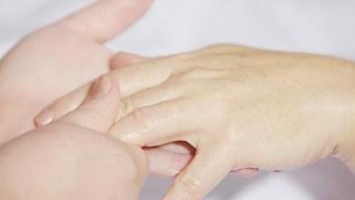 صورة خلطات طبيعية بالشوفان لعلاج جفاف اليدين