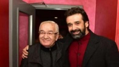 """صورة إصابة والد الفنان كريم عبد العزيز بـ""""كورونا"""" ونقله للعزل الصحي"""
