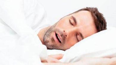 صورة تعرفي على مخاطر التنفس من الفم أثناء النوم