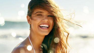 صورة طريقة حماية الشعر في فضل الصيف