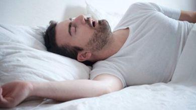 صورة لنوم بدون إزعاج.. 5 طرق تساعدك على إيقاف الشخير