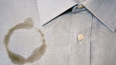 صورة كيفية إزالة بقع الزيت من الملابس