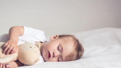 صورة 5 أسباب لنزيف أنف الطفل أثناء النوم