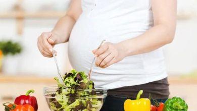 صورة تعرفي على أضرار تناول الأطعمة الحارة عند الحامل