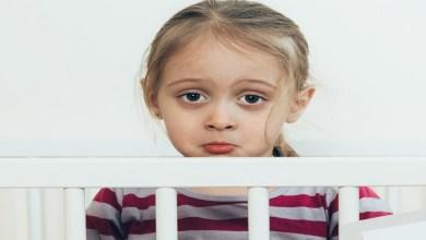 صورة كيف تقي طفلتك من رائحة المهبل الكريهة؟