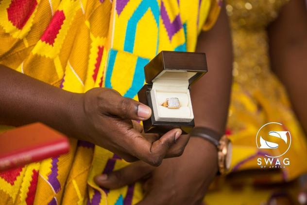 Here's how much John Dumelo's diamond ring costs