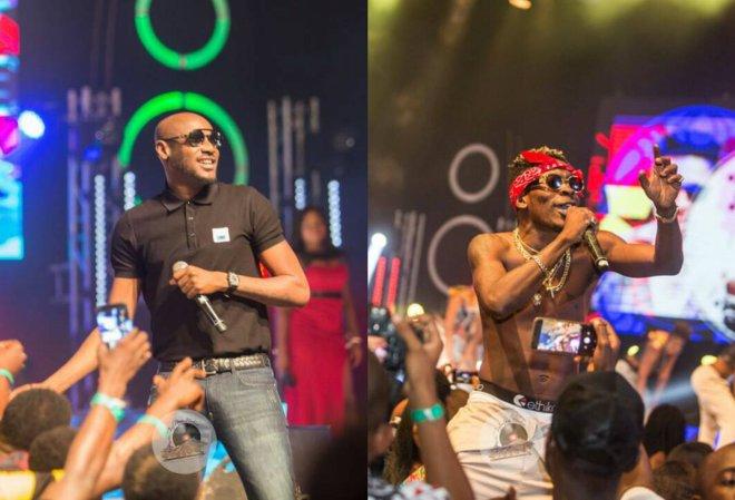 2Face and Shatta Wale performing at Menzgold, Zylofon Media Naija Invasion Concert
