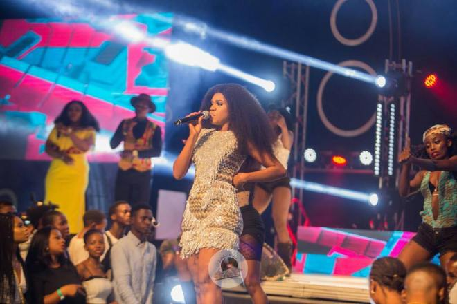 Becca performing at Menzgold, Zylofon Media Naija Invasion Concert