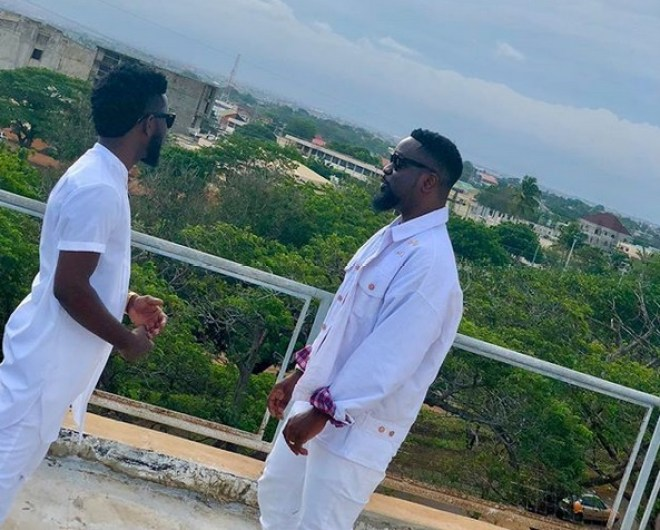 "Bisa Kdei's ""Pocket"" video with Sarkodie is ready; drops October 31"